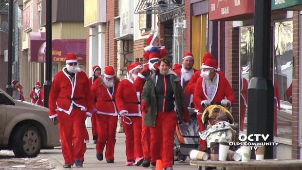 octv-santa-run-11-22-2014.Still00103