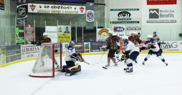 octv-hockey-talk-dana-lattery-12-19-2014.Still02702